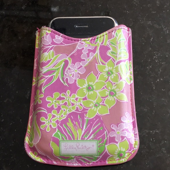 finest selection 1d771 1582f Lilly Pulitzer Cell Phone or iPod Case.